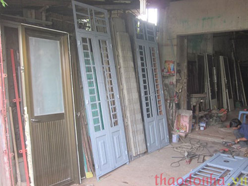 mua cửa cũ tại hà nội