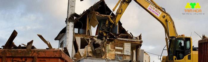 Giá phá dỡ nhà tùy thuộc vào biện pháp thi công